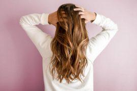 alecrim no cabelo como usar